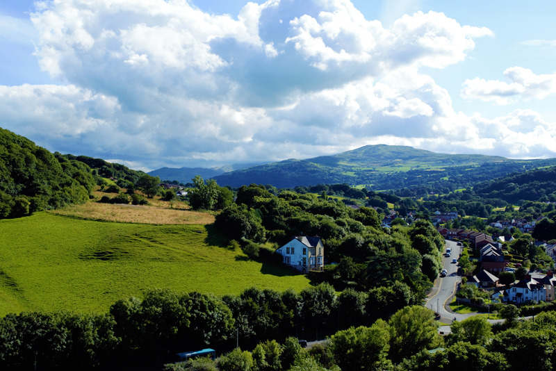 canva-landscape,-wales,-nature,-uk,-color,-mountains-MAC5YW-sm6o.jpg